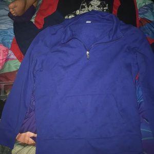 Med. Size old navy sweatshirt